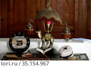 An open Holy Quran on wood stand at home. France. Стоковое фото, фотограф Pascal Deloche / Godong / age Fotostock / Фотобанк Лори