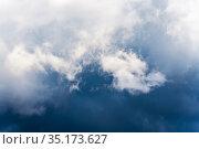 Dramatic thunderstorm clouds in sky before rain. Стоковое фото, фотограф А. А. Пирагис / Фотобанк Лори