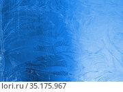 Стекло с морозными узорами. Стоковое фото, фотограф Наталья Горкина / Фотобанк Лори
