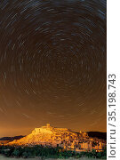 Star trails above The Kasbah Ait-Ben Haddou, UNESCO World Heritage... Стоковое фото, фотограф Ed Rhodes / age Fotostock / Фотобанк Лори