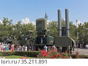 Выставка военной техники в День ВМФ на площади Нахимова в городе Севастополе, Крым. Редакционное фото, фотограф Николай Мухорин / Фотобанк Лори