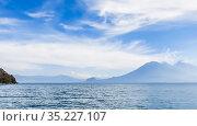 Lake Atitlan, Western Highlands, Guatemala, Central America. Стоковое фото, фотограф Николай Коржов / Фотобанк Лори