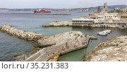 Marseille, Bouches du Rhône, France, Corniche, Plage, Vallon des ... Стоковое фото, фотограф Pierre Olivier Signe / age Fotostock / Фотобанк Лори