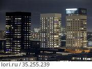 Stockholm, Sweden Towers in the Liljeholmskajen neighborhood at night... Стоковое фото, фотограф A. Farnsworth / age Fotostock / Фотобанк Лори