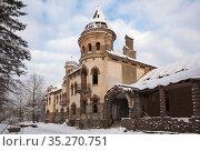 Ruins of the former Belogorka manor of merchant Eliseev, Leningrad region. Стоковое фото, фотограф Юлия Бабкина / Фотобанк Лори