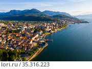View from drone of Luino, northern Italy. Стоковое фото, фотограф Яков Филимонов / Фотобанк Лори