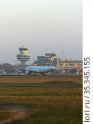 Berlin, Germany, last takeoff from Berlin-Tegel airport: Air France AF1235 heading to Paris on the runway in front of the terminal. Редакционное фото, агентство Caro Photoagency / Фотобанк Лори
