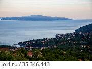 Croatia, Opatija - seaside resort on Kvarner bay with moonlike Austrian-Hungarian past, view towards island Cres (2016 год). Редакционное фото, агентство Caro Photoagency / Фотобанк Лори