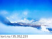 French Courchevel through the cloud and mist (2020 год). Стоковое фото, фотограф Сергей Новиков / Фотобанк Лори