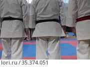 Мужские ноги в кимоно. Редакционное фото, фотограф Дмитрий Неумоин / Фотобанк Лори