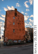 Выборг.Городской пейзаж.Вид на старые здания. Редакционное фото, фотограф Виталий Куликов / Фотобанк Лори