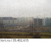 Window with raindrops. Стоковое фото, фотограф Argument / Фотобанк Лори