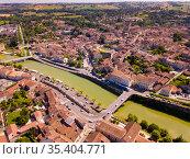 Aerial view of Condom city, France. Стоковое фото, фотограф Яков Филимонов / Фотобанк Лори
