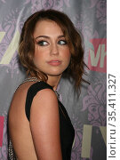 Miley Cyrus, 9-18-09, Photo By John Barrett/PHOTOlink (2008 год). Редакционное фото, фотограф Photo By John Barrett/PHOTOlink / age Fotostock / Фотобанк Лори