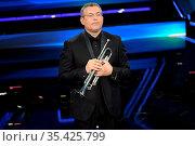 Trumpeter Nello Salza plays music by Ennio Morricone at the 71st ... Редакционное фото, фотограф Maria Laura Antonelli / AGF/Maria Laura Antonelli / age Fotostock / Фотобанк Лори