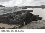Svinafellsjökull is a glacier tongue from Vatnajökull. It has retreated... Стоковое фото, фотограф Andre Maslennikov / age Fotostock / Фотобанк Лори
