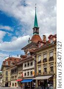 Street with historic building in Bern center, Switzerland. Стоковое фото, фотограф Zoonar.com/Boris Breytman / easy Fotostock / Фотобанк Лори