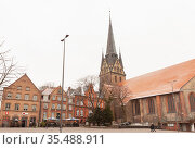 Nikolaikirche or St. Nikolas Church of Flensburg (2017 год). Редакционное фото, фотограф EugeneSergeev / Фотобанк Лори