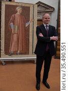 Eike Schmidt director of Uffizi Gallery during the presentation of... Редакционное фото, фотограф Aleandro Biagianti / AGF/Aleandro Biagianti / AGF / age Fotostock / Фотобанк Лори