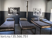 Robben Island Prison Museum. Building T160, sleeping quarter for ... Стоковое фото, фотограф Arthur S. Ruffino / age Fotostock / Фотобанк Лори