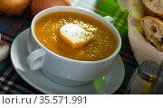 Cream soup with cheese. Стоковое фото, фотограф Яков Филимонов / Фотобанк Лори