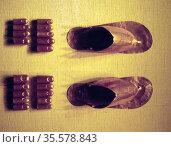 Sandals and toe caps of King Tutankhamen , Egyptian Pharaoh of the... Редакционное фото, агентство World History Archive / Фотобанк Лори
