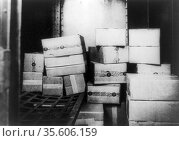 Prohibition or The Noble Experiment 1919-1933:  Cases of Whiskey ... Редакционное фото, агентство World History Archive / Фотобанк Лори