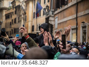 Moments of tension at the unauthorized sit-in in Piazza San Silvestro... Редакционное фото, фотограф Alessandro Serrano' / AGF/Alessandro Serrano' / / age Fotostock / Фотобанк Лори