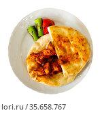 Turkish chicken shish kebab on pita bread with vegetables. Стоковое фото, фотограф Яков Филимонов / Фотобанк Лори
