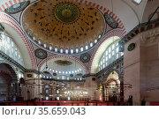 Interior of the Suleymaniye Mosque in Istanbul. Стоковое фото, фотограф Яков Филимонов / Фотобанк Лори