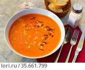 Creamy cold soup Salmorejo from tomatoes and bread from Cordoba. Стоковое фото, фотограф Яков Филимонов / Фотобанк Лори