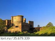 Ruins of Krakovec castle in Central Bohemia, Czech Republic. Стоковое фото, фотограф Richard Semik / easy Fotostock / Фотобанк Лори