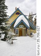 Home at Silver Star ski resort near Vernon, BC, Canada. Стоковое фото, фотограф Douglas Williams / age Fotostock / Фотобанк Лори