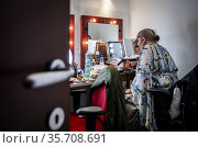 Artists in the back- stage during the 'Drag Me Up – Queer Art Festival... Редакционное фото, фотограф Alessandro Serrano' / AGF/Alessandro Serrano' / / age Fotostock / Фотобанк Лори