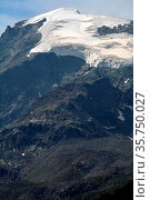 Piz Morteratsch viewed from the Bernina Pass in southern Switzerland... Стоковое фото, фотограф Neil Harrison / age Fotostock / Фотобанк Лори