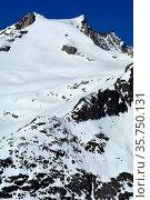 The Sattelhorn in the Bernese Alps in Switzerland. A Unesco protected... Стоковое фото, фотограф Neil Harrison / age Fotostock / Фотобанк Лори