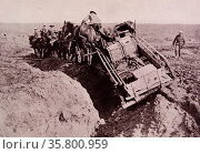 British army supplies are taken over the muddy fields of Flanders; during world war one. Редакционное фото, агентство World History Archive / Фотобанк Лори