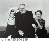 Never Give a Sucker an Even Break is a 1941 Universal Pictures comedy film starring W.C. Fields. Редакционное фото, агентство World History Archive / Фотобанк Лори