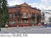 SMOLENSK, RUSSIA - APRIL 22, 2018: The historical center of Smolensk... Стоковое фото, фотограф Zoonar.com/Sergey Rybin / age Fotostock / Фотобанк Лори