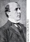 Reginald McKenna(1863 – 1943) was a British banker andLiberalpolitician. He notably served asHome SecretaryandChancellor of the Exchequer 1915. Редакционное фото, агентство World History Archive / Фотобанк Лори