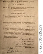The joint resolution of the U.S. House and Senate declaring the State of War. Редакционное фото, агентство World History Archive / Фотобанк Лори