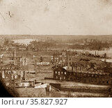 Richmond, Virginia. Ruins of State Arsenal and view down James River 1865. Редакционное фото, агентство World History Archive / Фотобанк Лори