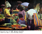 Vincent Ramos, Market Scene, 1994. Oil on canvas. Редакционное фото, агентство World History Archive / Фотобанк Лори