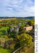 Fayrac castle in aerial view, Castelnaud-la-Chapelle, Dordogne, France, October 2020. Стоковое фото, фотограф Denis-Huot / Nature Picture Library / Фотобанк Лори