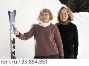 Skiing at Silver Star ski resort near Vernon, BC, Canada. Стоковое фото, фотограф Douglas Williams / age Fotostock / Фотобанк Лори