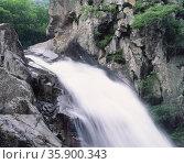 waterfall. Стоковое фото, агентство Ingram Publishing / Фотобанк Лори