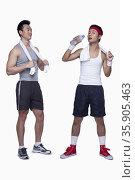 athletic man and workout beginner. Стоковое фото, агентство Ingram Publishing / Фотобанк Лори