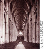 11th century Gothic architecture at Winchester Cathedral in England. Редакционное фото, агентство World History Archive / Фотобанк Лори
