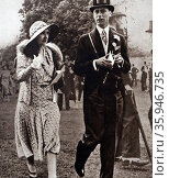 Photograph of Prince Albert and Lady Elizabeth walking on the lawns of Ascot (2016 год). Редакционное фото, агентство World History Archive / Фотобанк Лори