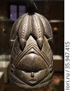 Helmet mask for a female ritual dancer, Sierra Leone or Liberia; (2016 год). Редакционное фото, агентство World History Archive / Фотобанк Лори